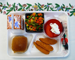 These solutions for reforming school lunch programs might just be the right thing to get your child's education back on track