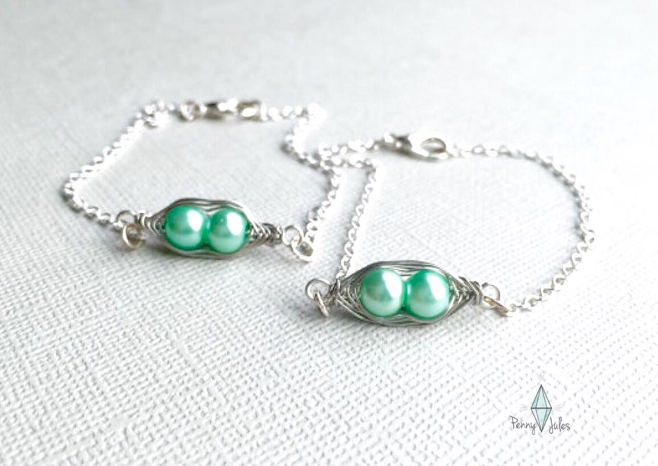 Have a jewelry lover in your life but aren't sure what to get her? This is such a unique, special idea and she will LOVE it! Check it out and get ready for some major thanks! What a sweet way to tell your best friend that you love her!