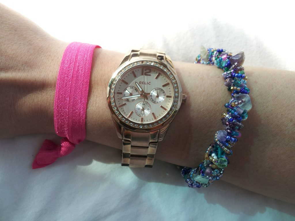 Ignore the cheap Michael Kohrs knock-off bracelet, pay attention to the sweet A Girl and Her Band hair-tie because they may be making a giveaway appearance, but mostly focus on the gorgeous bracelet from Penny Jules