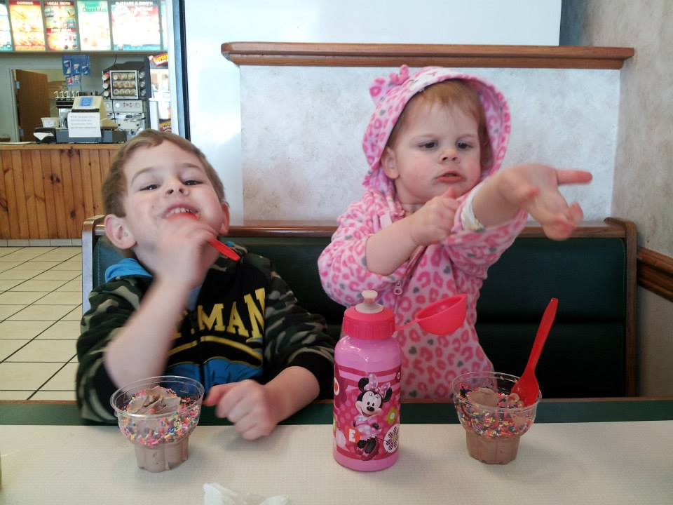 Ice Cream Lunch Date with Kids @meredithpsidel