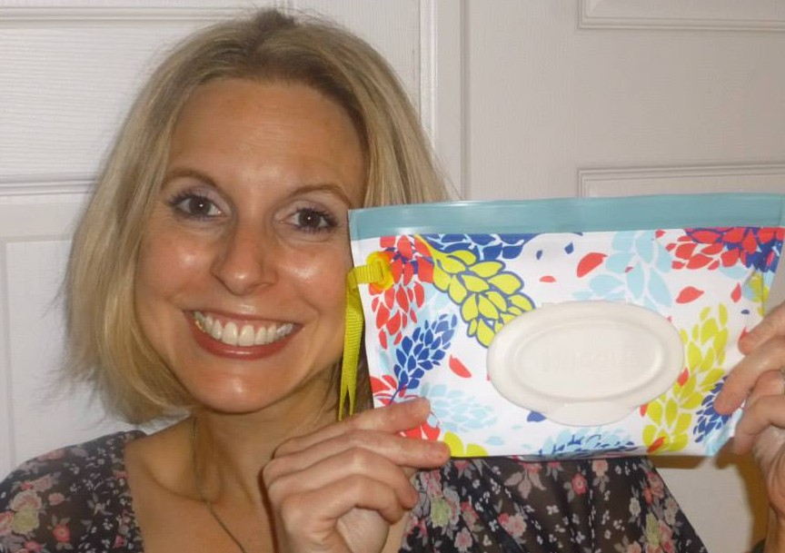 Can you sense the genuine giddiness over my my new Huggies Clutch n Clean?  I love them!
