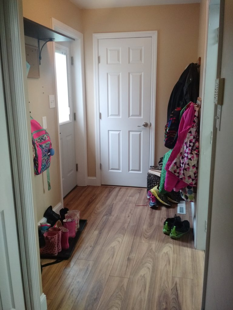 Need a drop zone for all the coats, hats, backpacks and shoes, but don't have a huge space? This smart guide for organizing a mudroom in a small space is full of practical, smart tips and ideas for transforming your small area to an organized landing spot for all your extra stuff! Plus, check out this sweet trick to make it look pretty too--I would never have thought of this!