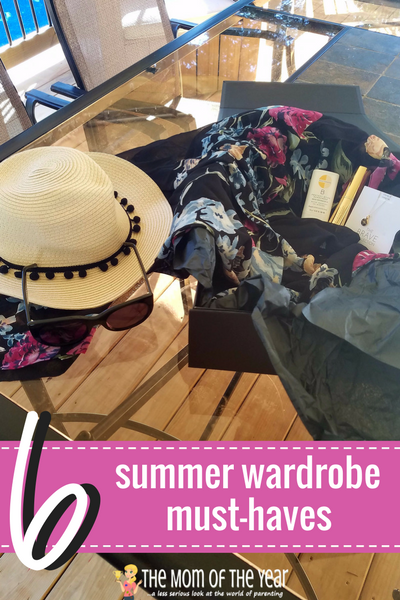 Not sure where to start with your summer wardrobe? Grab these 6 smart, well-planned summer fashion accessories, add them to what you already have and you will be well set, mama! Time to get your summer on! P.S. #5 is GENIUS!