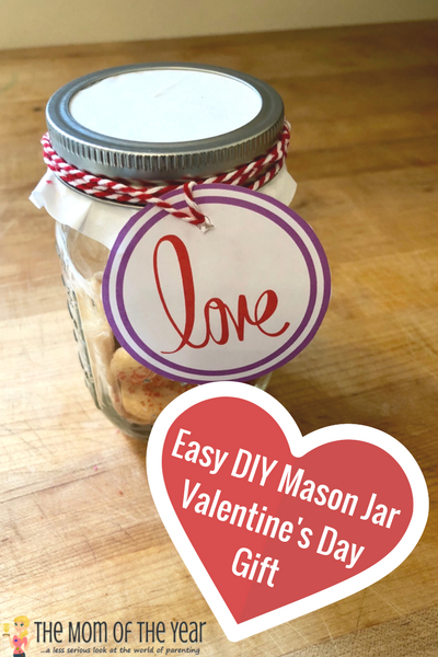 Looking for the perfect, affordable Valentine's gift? This Easy DIY Valentine's Day Mason Jar Gift fits the bill beautifully. Kid-friendly and affordable, it's the perfect treat for your sweet! And make sure to grab this free Valentine's gift tag printable--it is fantastic!