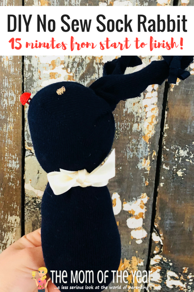 Looking for a fun, inexpensive lovey to add to your kiddos' Easter basket? This 15 Minute DIY No Sew Sock Rabbit is the perfect little stuffed animal that will allow you to celebrate Easter without breaking the bank or your busy schedule--give it a go and win Easter with these cute bunnies, mama!
