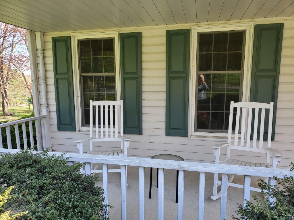 comfy patio set  for your front porch