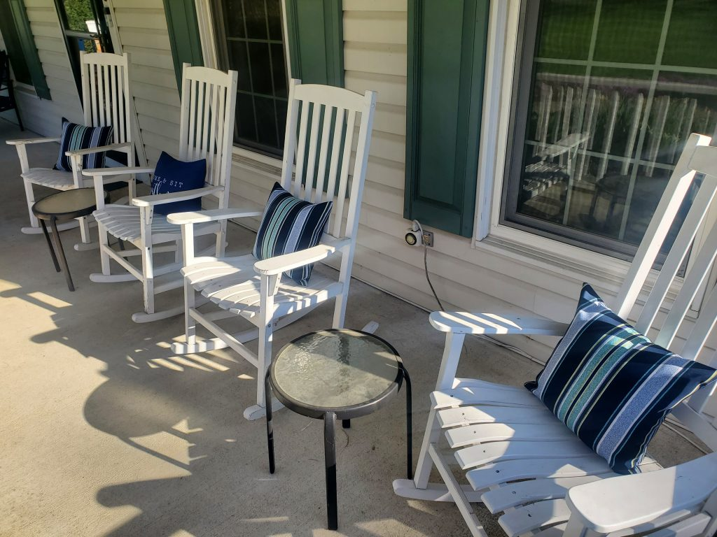 A front porch refresh doesn't have to be complicated or expensive--check out the few simple switches we made!